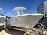 New 2020 Robalo Power Boat for sale