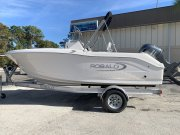 New 2019 Robalo Power Boat for sale