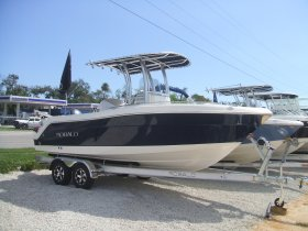 New 2018 Robalo R222 Explorer for sale