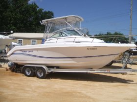 Used 2005  powered Pro-Line Boat for sale