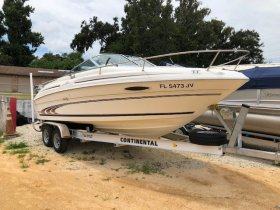 Used 1997 Sea Ray 215 Express Cruiser Power Boat for sale