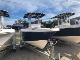 Pre-Owned 2018 Robalo Power Boat for sale