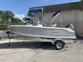 New 2019 Robalo for sale