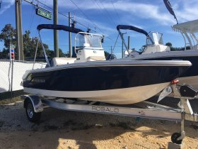 New 2019 Robalo R160  Boat for sale