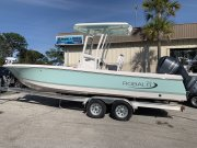 New 2019 Robalo 246 Cayman Bay Boat for sale