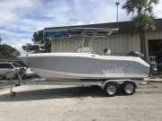New 2019  powered Robalo Boat for sale