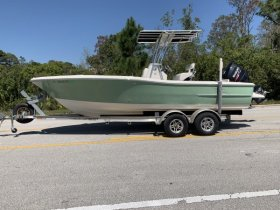 Pre-Owned 2013  powered Power Boat for sale