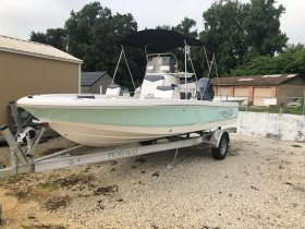 New 2019 Robalo R206 Power Boat for sale
