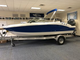 New 2021 Chaparral 19SSI Outboard Bowrider for sale