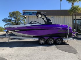 Pre-Owned 2017  powered Malibu Boat for sale